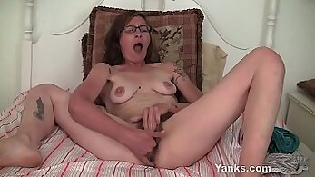 Beautiful Sexy Girl Get Fucked And Sucking