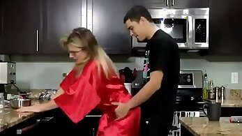 Brooking mom gets fucked by her fucking son creampie