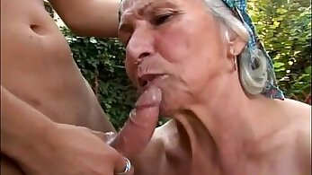 Young granny gets fucked in the outdoors nearly