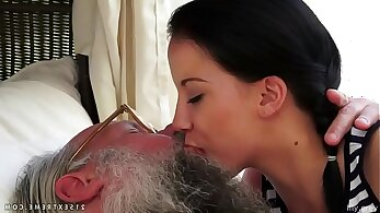 Stepmother and stepdad kissing before fucking a train