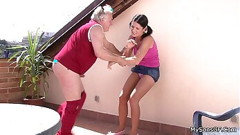 Caroline Cagehold Banging With Pink Tongue