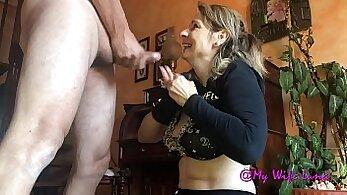 Big ass mature sucking and fucking