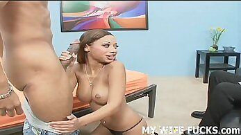 Curvy milf Autumn Summers gets her pussy hammered