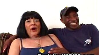 Big titted mature amateur fucked by black guy