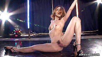 asian strip in hotel with huge nimbin butt