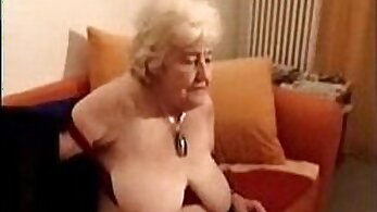 Cam No Sound: Cute Amateur Slut Soaked In Dick Porn Clip