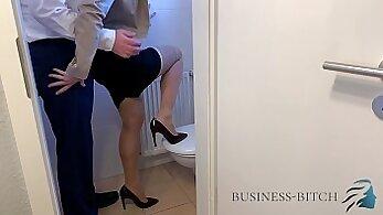 Arya Faye loves her swinger boss in the office