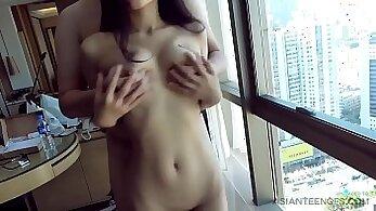 Chinese Amateur Slut Loves a Spanking